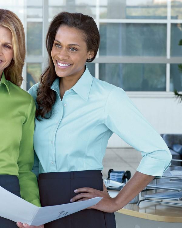 Devon & Jones DP625W Ladies 3-Quarter Sleeve Stretch Poplin Blouse