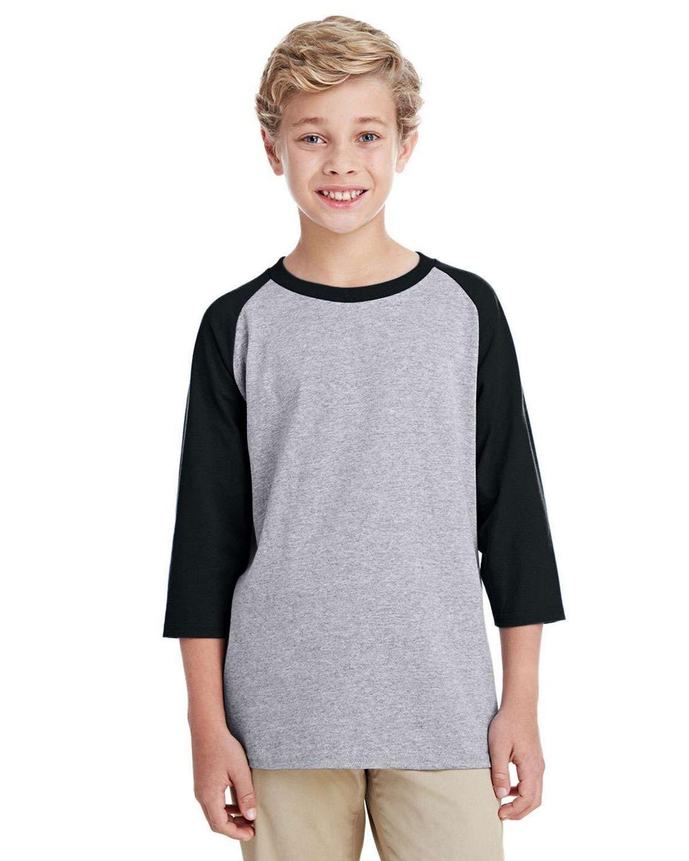Gildan G570B Youth 3/4 Raglan Sleeve T-Shirt